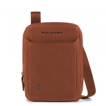 Мужская сумка через плечо Piquadro Black Square CA3084B3/CU коричневого цвета
